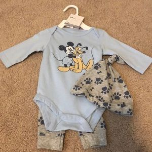 New With Tags- Disney Jumping Bean 3M Set